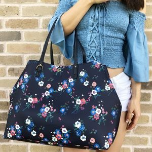 Gaby'sBags👜💕-NWT Tory Burch Large tote floral